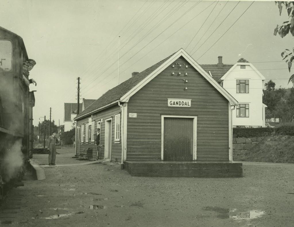 Ganddal ca. 1950. Foto: NSB-arkivet - Statsarkivet Stavanger