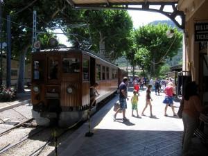 Sollèr jernbanestasjon