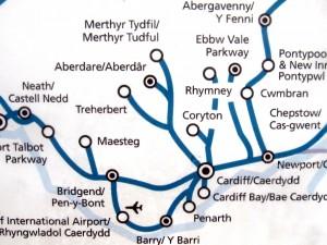 Rutenett for området rundt Cardiff 2013. Linjene til Aberdare, Maesteg, Ebbw Vale og Barry-Bridgend er alle gjenåpnete baner.