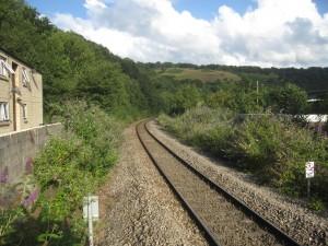 Ebbw Valley-banen åpnet i 1850, ble stengt for persontrafikk i 1962 og gjenåpnet i 2008.